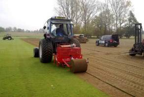 Turf roller machine